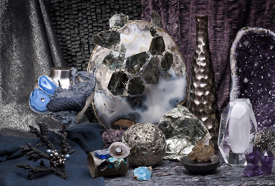 Photographie d'une Nature Morte de tendances pour les industriels de la joaillerie thème Magma Précieux.